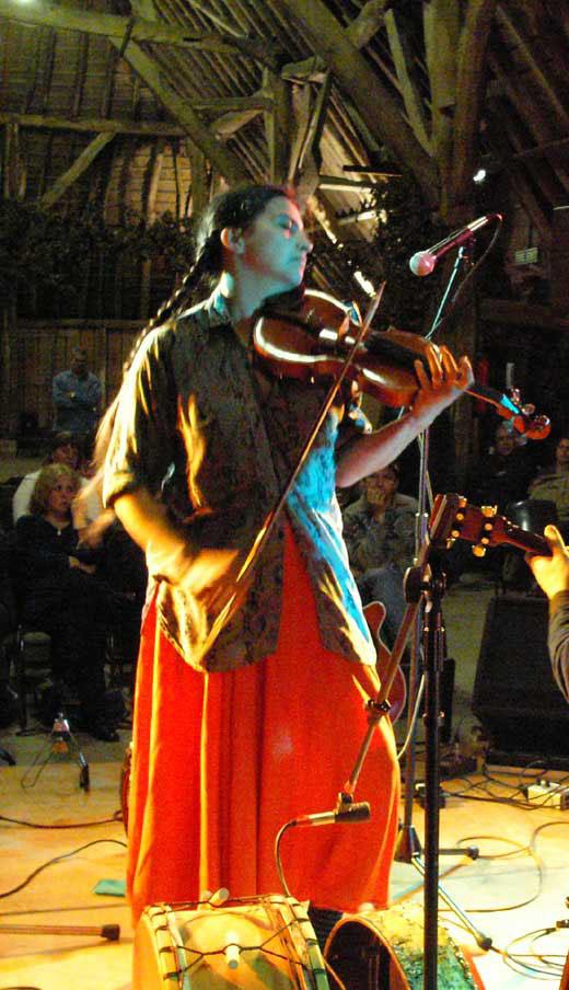 Saskia Tomkins, Fiddlers Various 2005
