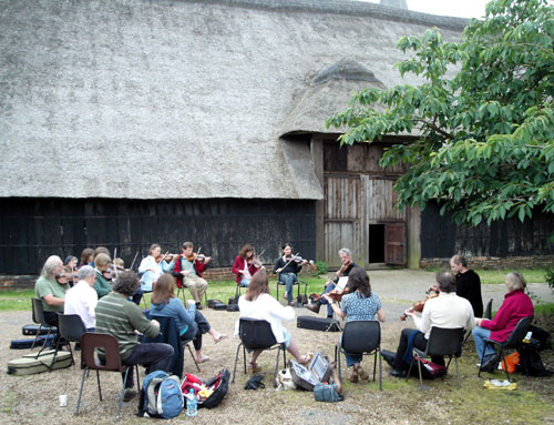 KIF 3031 fiddle-workshop Littlebourne-Barn